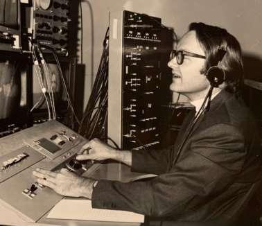Bill English Console